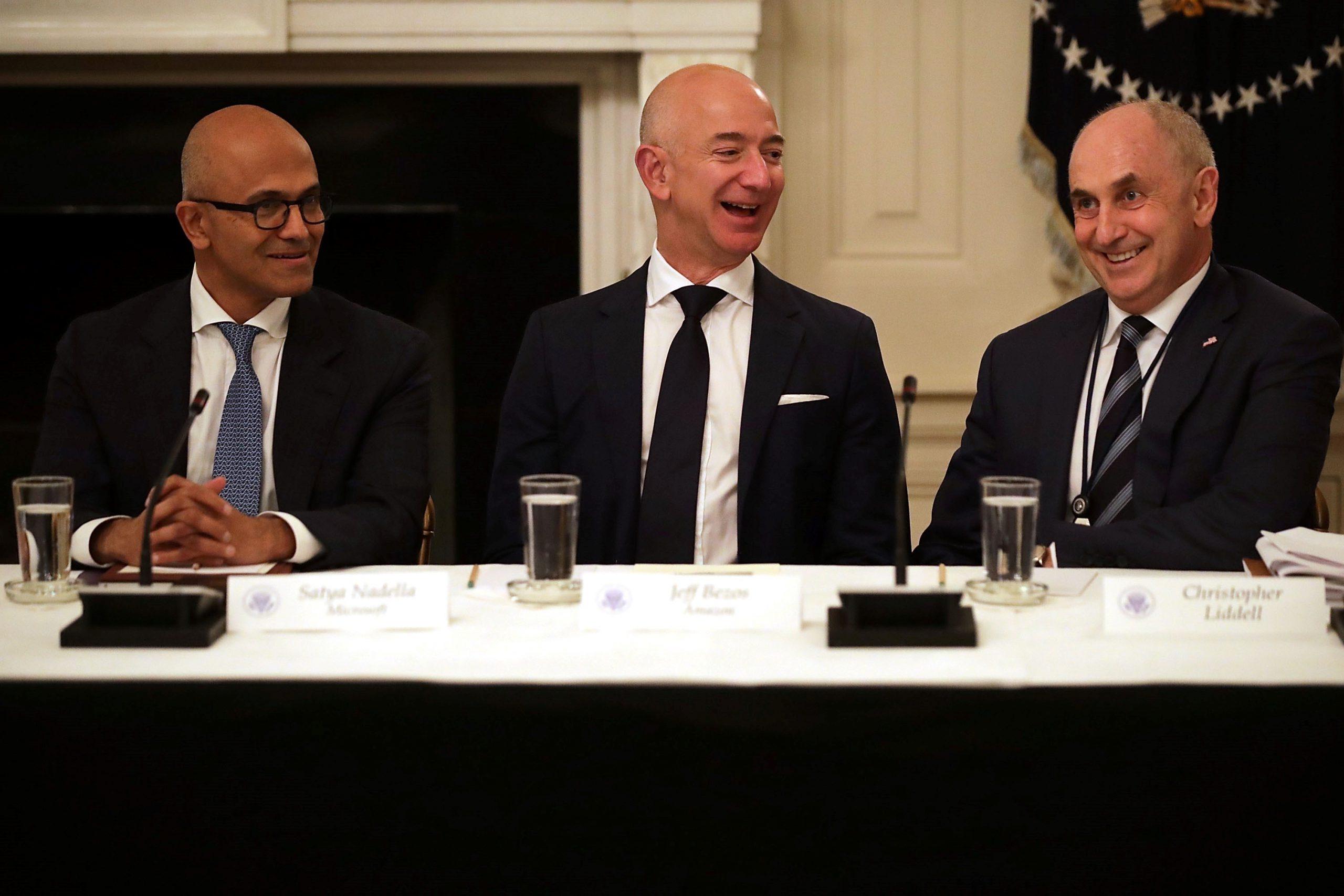 Anomalie w wynagrodzeniach – czyli dlaczego amerykański CEO zarabia 20 razy więcej od japońskiego?